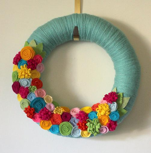 felt flower wreath give away
