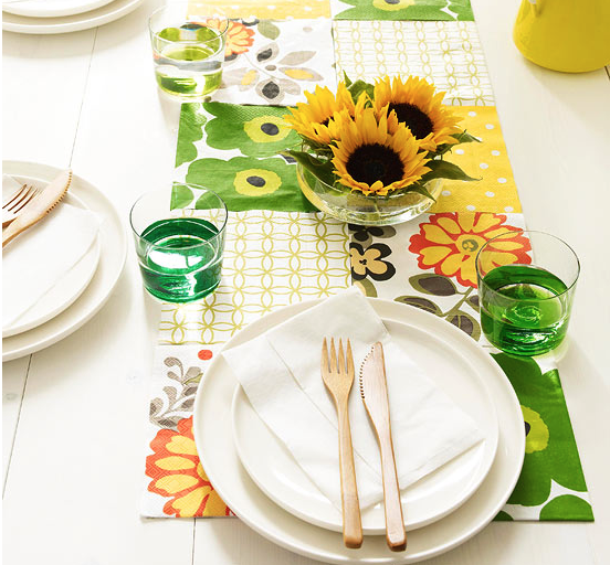 DIY paper table runner